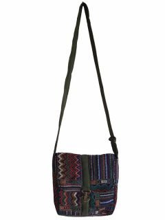 Geometric buckle bag – Green Zigzag