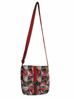 Geometric buckle bag – Red and Green
