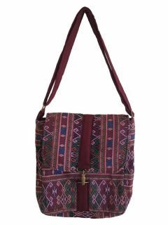 Geometric buckle bag – Maroon